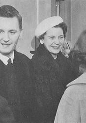Dr. Bob and Shirley Meneilly. Photo via Village Presbyterian Facebook page.