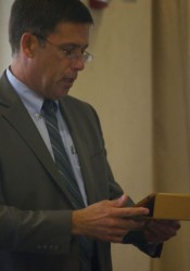 Shawnee Mission School Superintendent Jim Hinson used his iPad during an NEJC Chamber speech today.