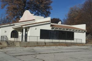 The former Taco Bell building on Johnson Drive will be turned into Starbucks some time next year.