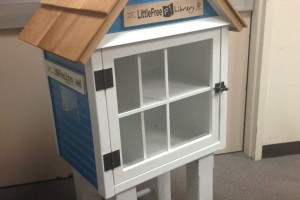 Erin Margolin's Little Free Library, which was built by Highlands teacher Mike Torkelson, got a fresh coat of paint and is now at the Jewish Community Center. Photo via Facebook.