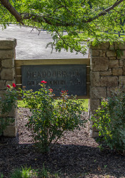 Meadowbrook_Sign