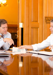 Gov. Sam Brownback met with U.S. Education Secretary Arne Duncan in Topeka in Sept. 2012. Photo via U.S. Department of Education.