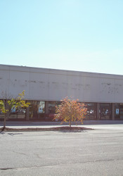 The former Nuts and Bolts space at 95th Street and Nall will become a Sprouts Farmers Market —but no opening date is set.