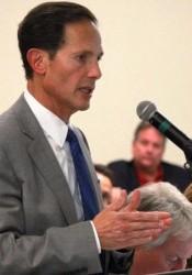 Developer Tom Valenti addressed the  city council Wednesday night. Photo by Bill Nichols