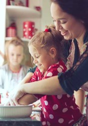 It can be tempting to eat out during the holiday season, but cooking most of your meals at home will ensure you get healthy food.