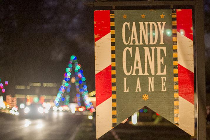 Christmas eve trip down prairie village s candy cane lane shawnee