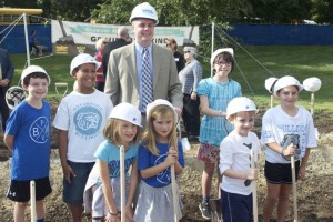 Briarwood Principal Chris Lash and students marked the ceremonial beginning of the new school last September.