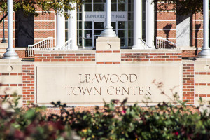 Leawood_Town_Center_Photo