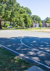The basketball courts at Weltner Park were the scene of a standoff between police and a man with a gun Sunday.