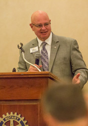 Johnson County Election Commissioner Ronnie Metsker told the Overland Park Rotary Club the Election Office is looking for new poll workers.