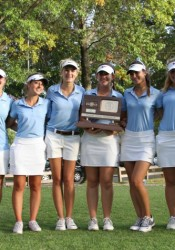 The Shawnee Mission East girl's golf team poses with its second-place trophy.