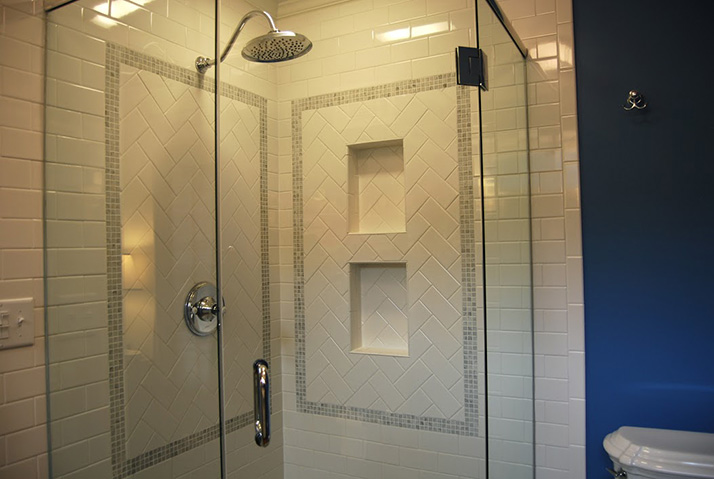 Spaces_Shower