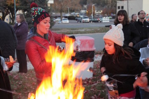 Lisa Frye and her daughter Mikayla enjoy making s'mores.