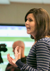 Trailwood parent Liz DiSalvo spoke to the Shawnee Mission School Board on Monday.