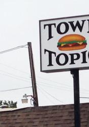 Town_Toipc_Sign