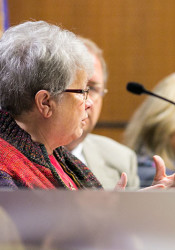 Cindy Neighbor says she will seek another term on the Shawnee Mission board of education.